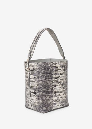 Bucket Bag in Embossed Leather - Co Collections