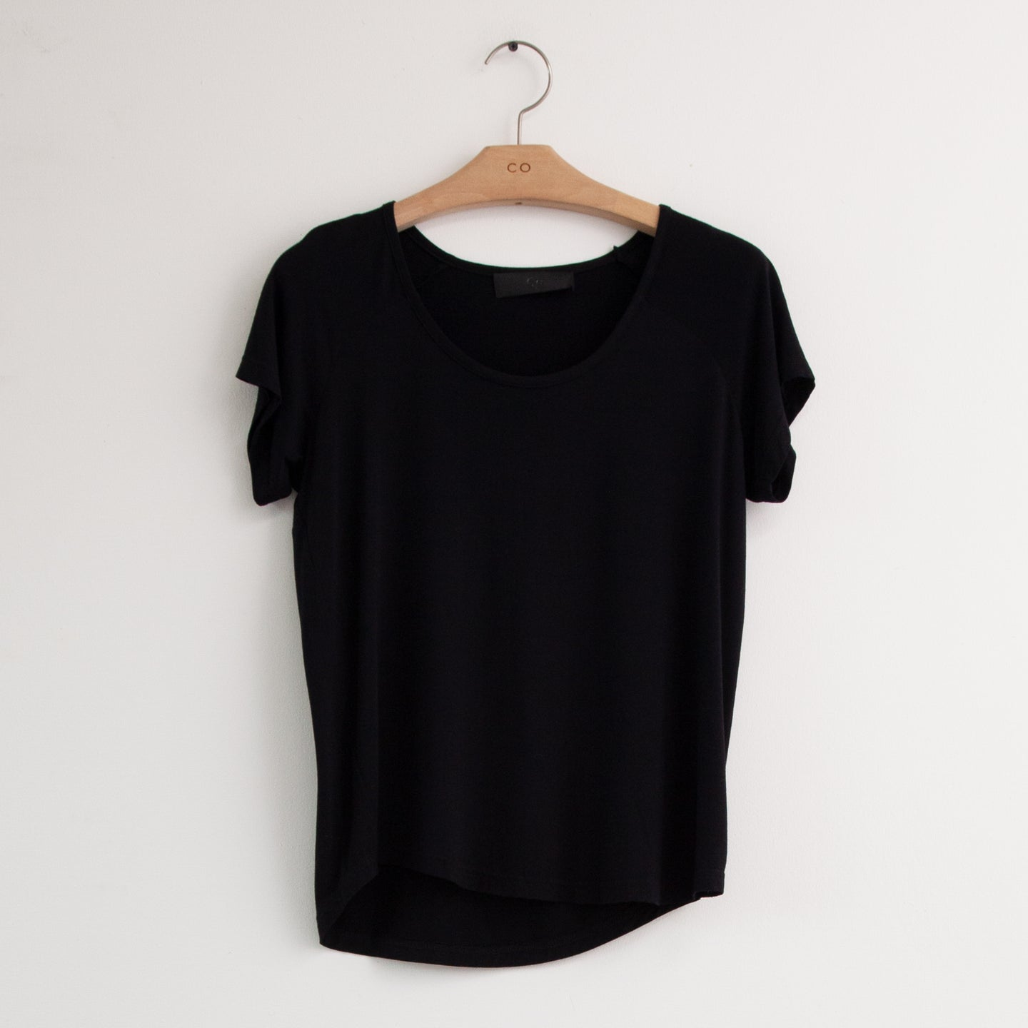 CO - Round neck t shirt in black cotton jersey