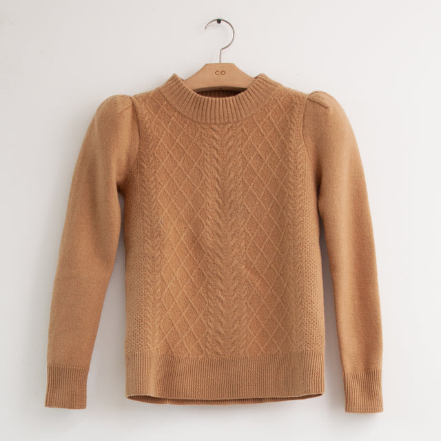 CO - Long sleeve ruched shoulder cable knit sweater in camel soft wool