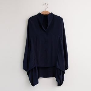 Batwing caped back paneled poncho blouse in navy silk - CO