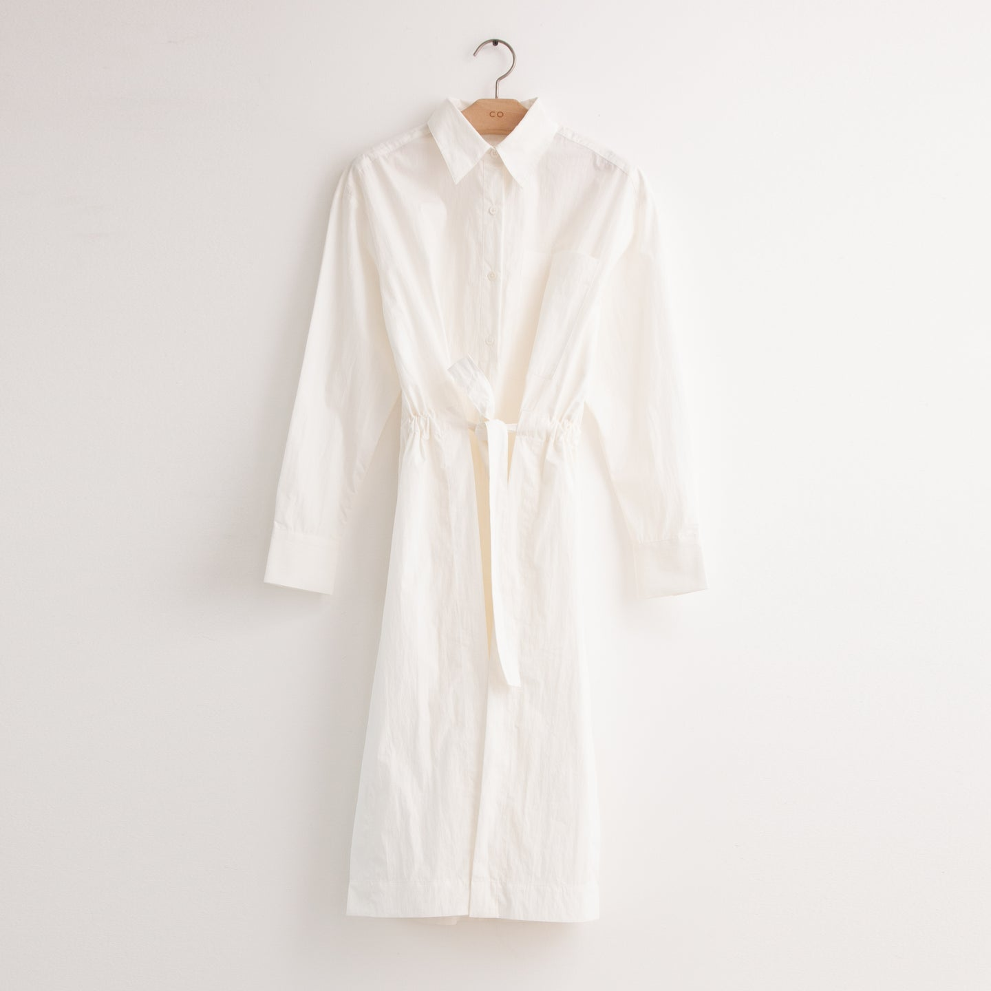 CO - Long sleeve shirt dress with adjustable tunnel belt in white cotton poplin