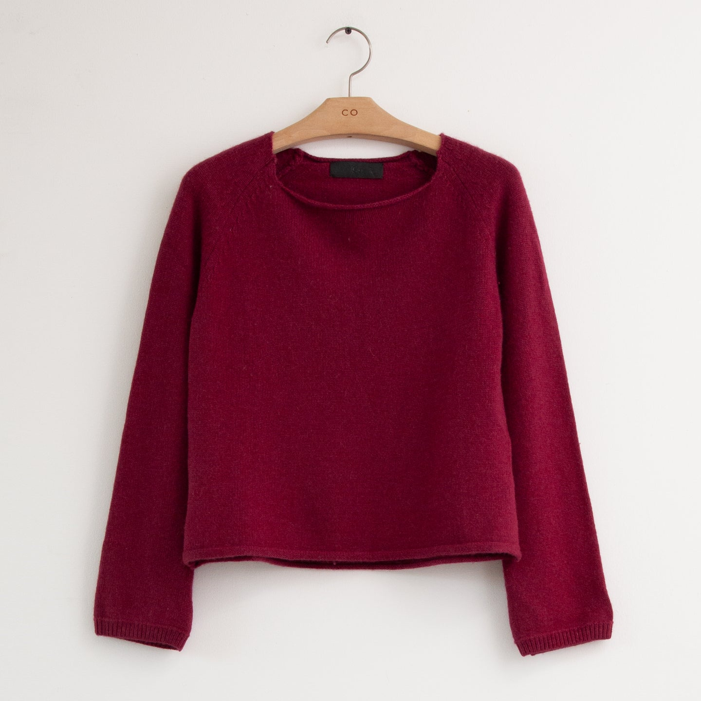 CO - Long sleeve round rolled neck sweater in bordeaux soft boiled wool