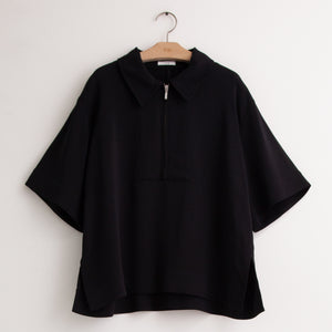 CO - Wide sleeve polo shirt with zip closure in black viscose crepe