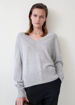 Cashmere V-Neck Sweater - Light Grey - Co Collections
