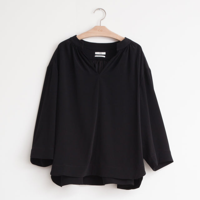 CO - Oversized split neck blouse with 3/4 sleeve in black stretch-crepe