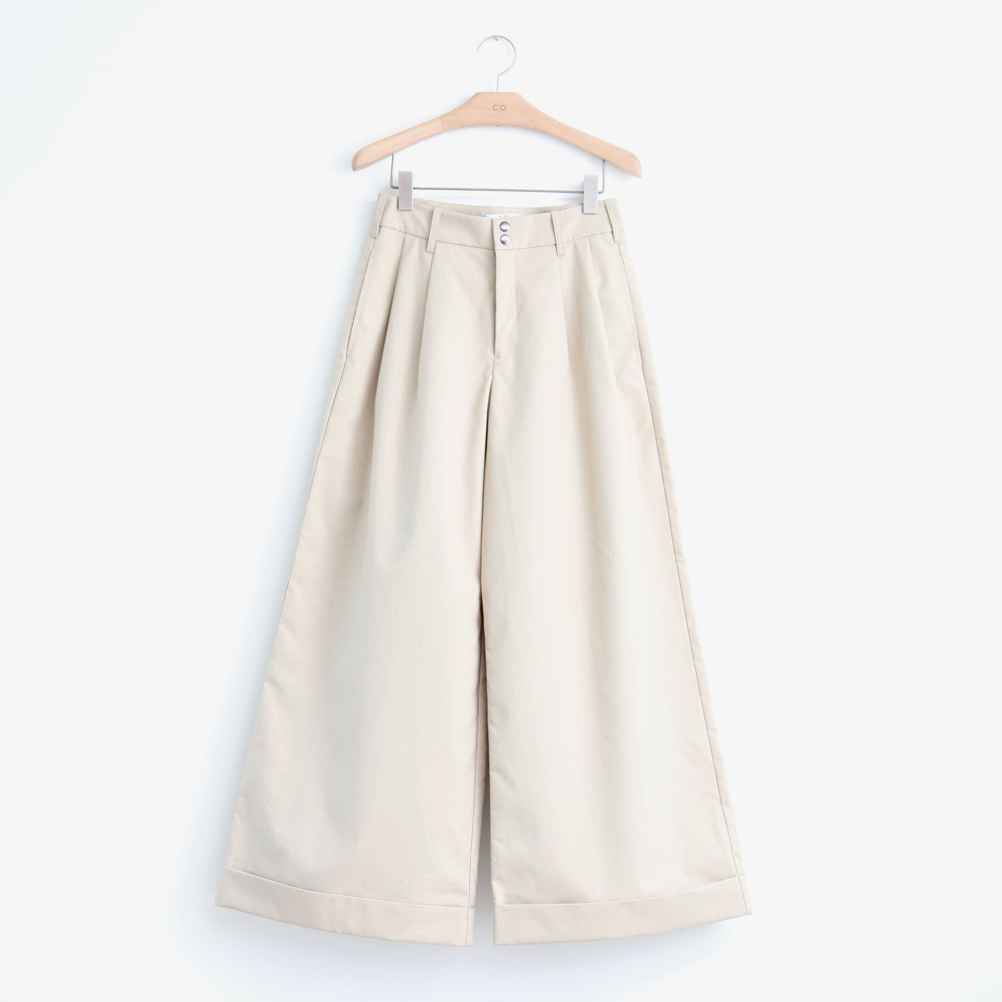 Wide leg pleated pant with cuff hem in tan bonded cotton - CO