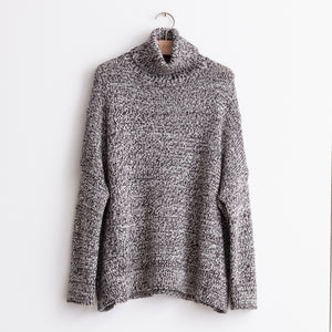 Oversized turtleneck sweater in espresso melange merino wool - CO