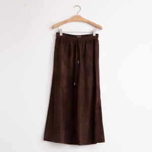 Wide leg pant with a drawstring closure, side pockets and a cropped silhouette in supple brown suede - CO
