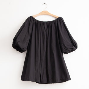 Ruched sleeve voluminous boat neck a line top in black cotton nylon - CO
