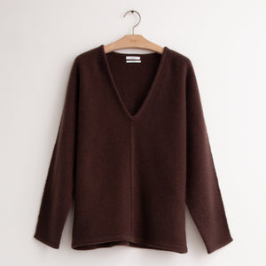 V neck sweater with exposed front seam in brown cashmere - CO