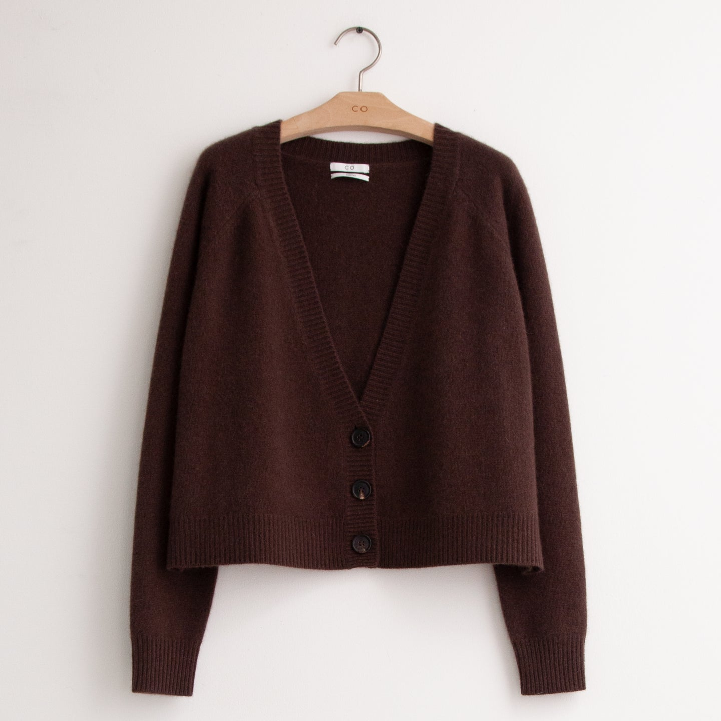 Boxy, slightly cropped button front cardigan in brown cashmere - CO