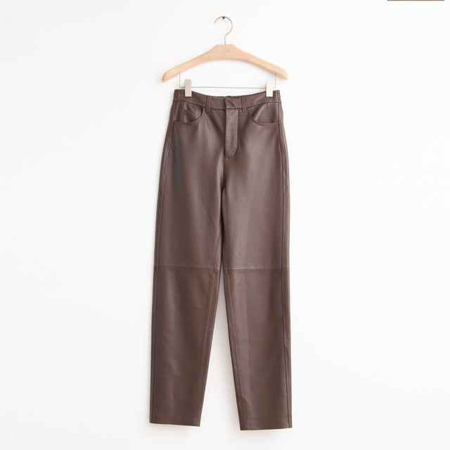 CO - Relaxed trousers with elastic back in brown lightweight leather