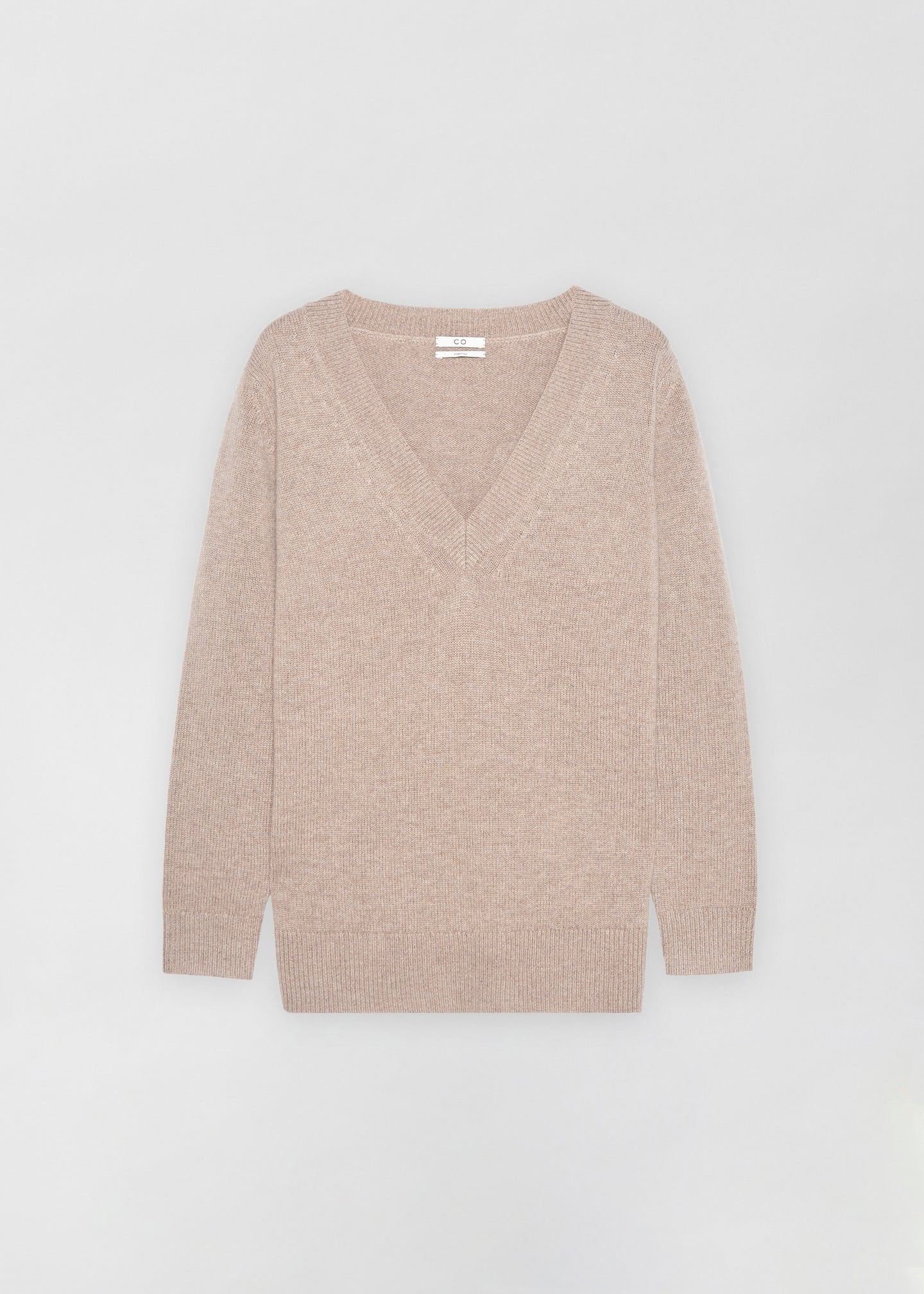 CO - V-Neck Boyfriend Sweater - Taupe