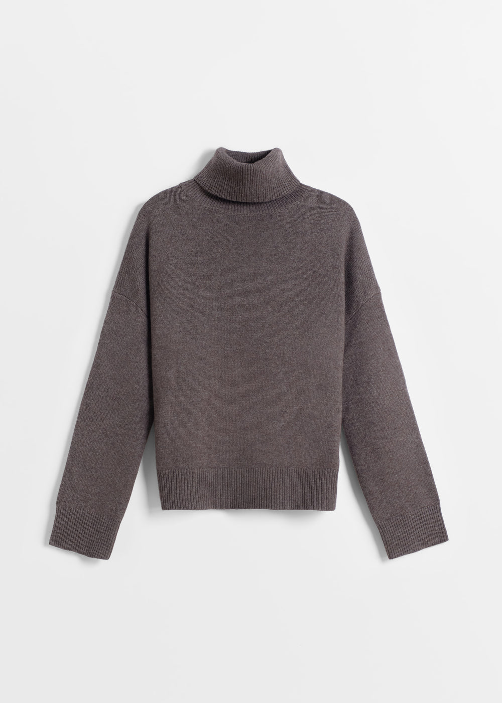Boxy Turtleneck Sweater in Wool Cashmere - Navy in Brown by Co Collections
