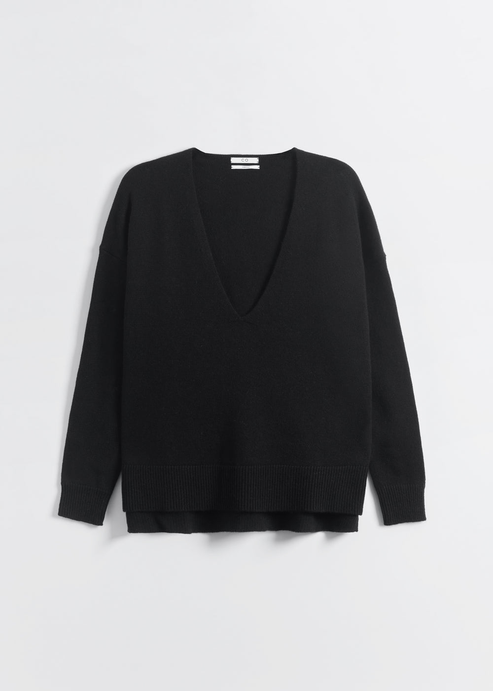 V-Neck Sweater in Wool Cashmere - Taupe in Black by Co Collections