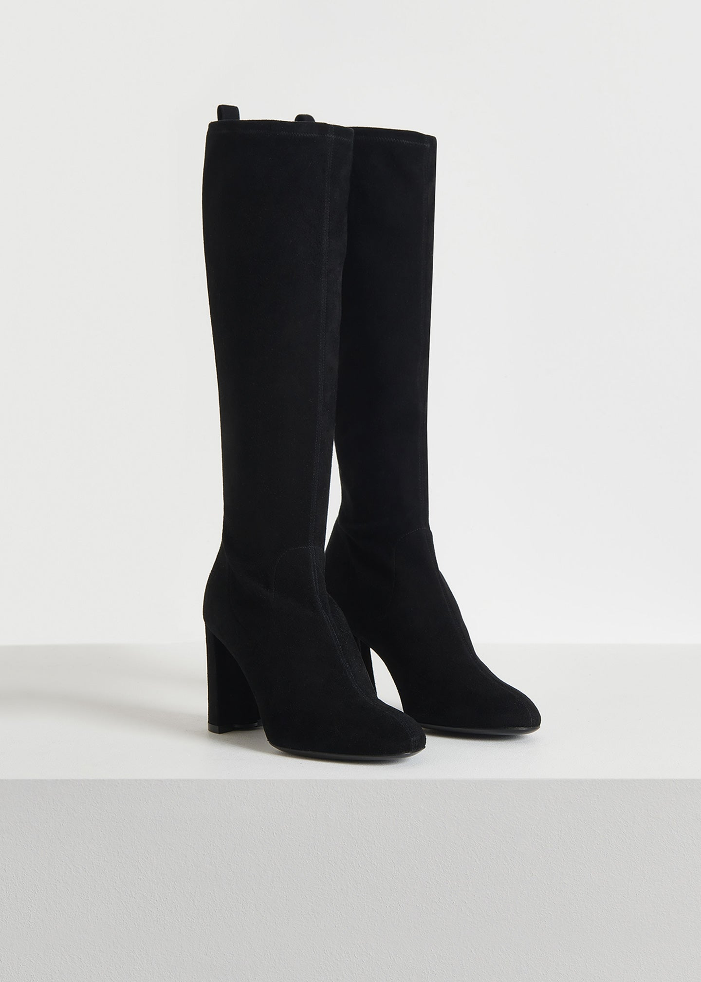CO - Flash Sale Stretch Boot in Suede - Black