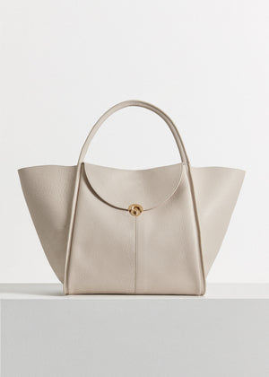 CO - Cabas Bag in Pebbled Leather - Ivory