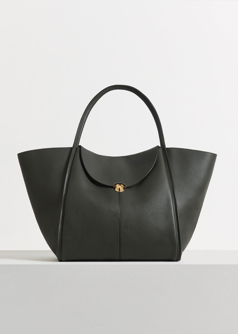 Cabas Bag in Pebbled Leather - Black in Olive by Co Collections