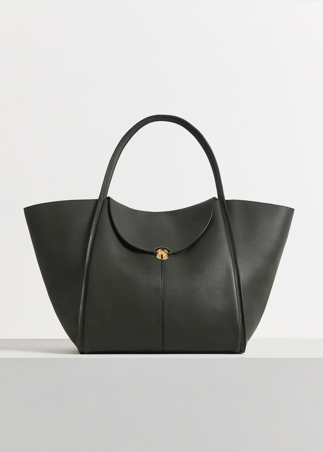 CO - Cabas Bag in Pebbled Leather - Olive
