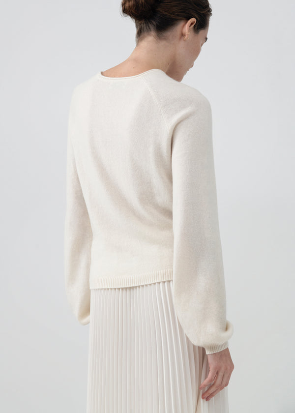 Raglan Peasant Sleeve Sweater in Cashmere - Ivory - CO