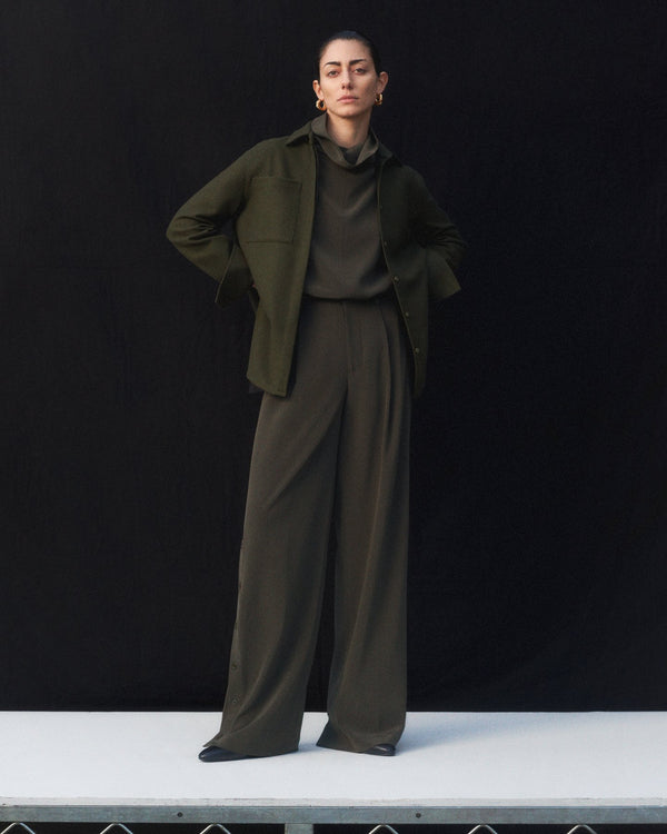 Trouser in Stretch Crepe - Forest - CO