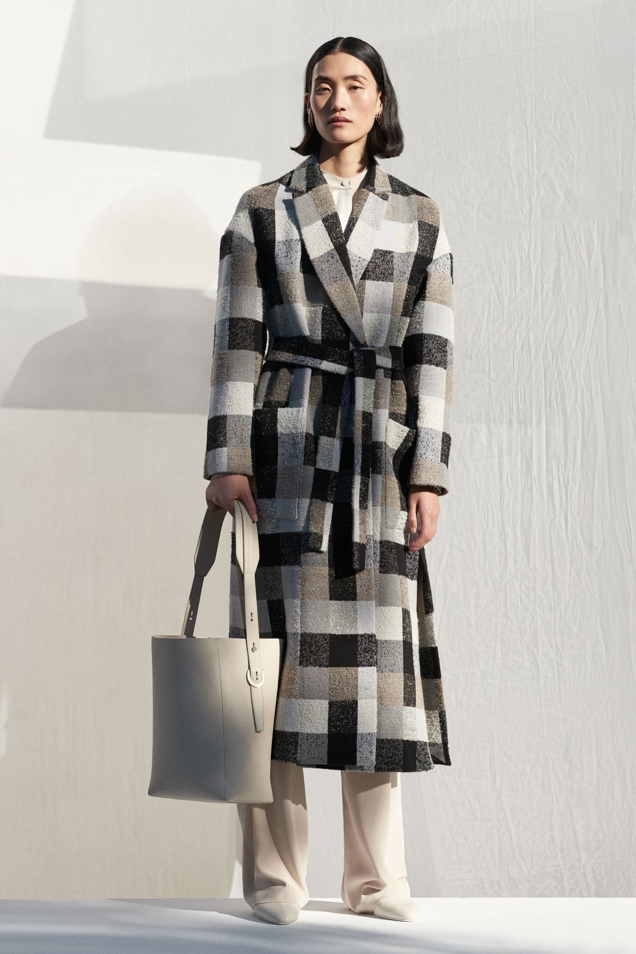Wrap Coat in Plaid Boucle - Grey