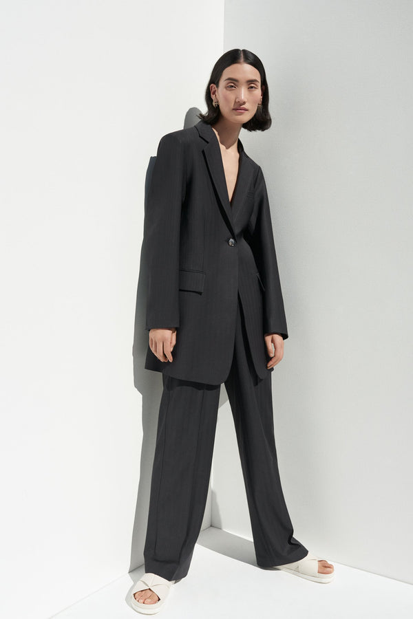 Long Blazer in Wool Pinstripe - Black - CO