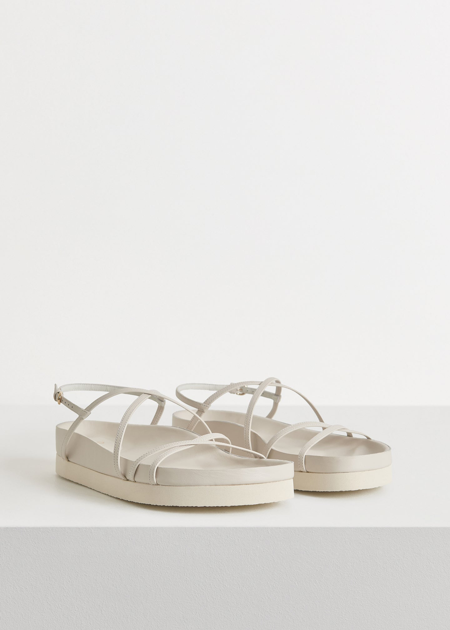 Thin Strap Sandal in Smooth Leather - Ivory - CO