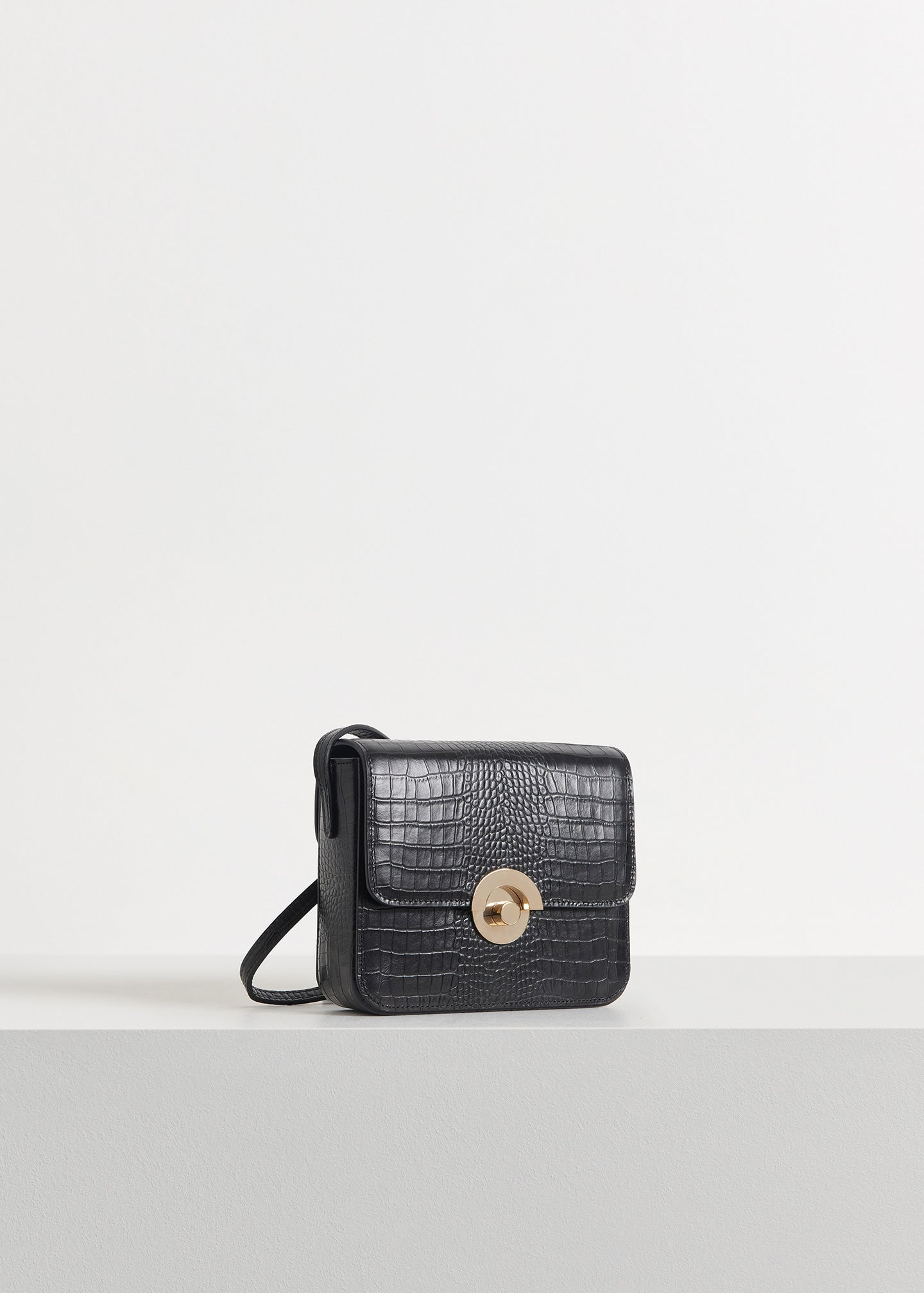 CO - Small Box Bag in Embossed Leather - Black