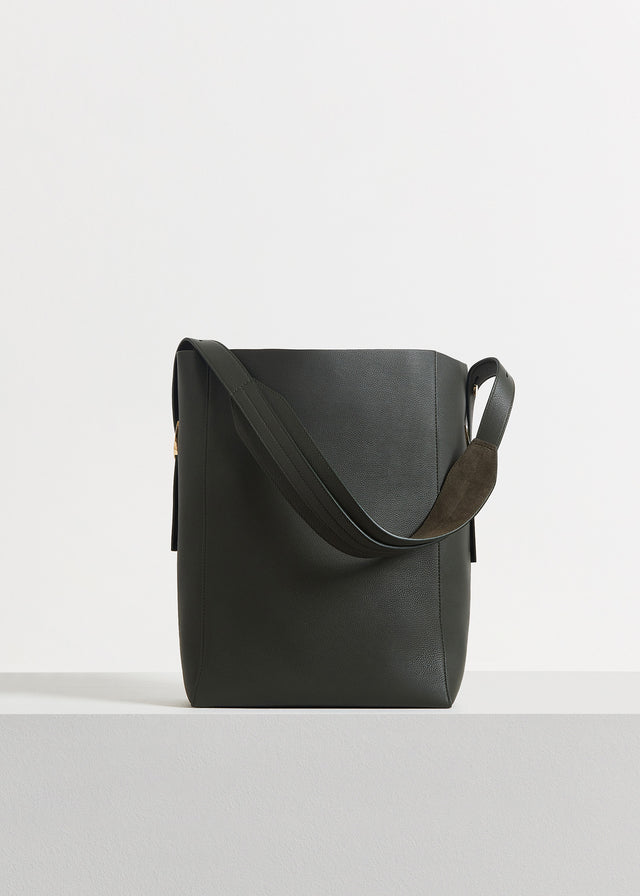 CO - Small Classic Tote in Pebbled Leather