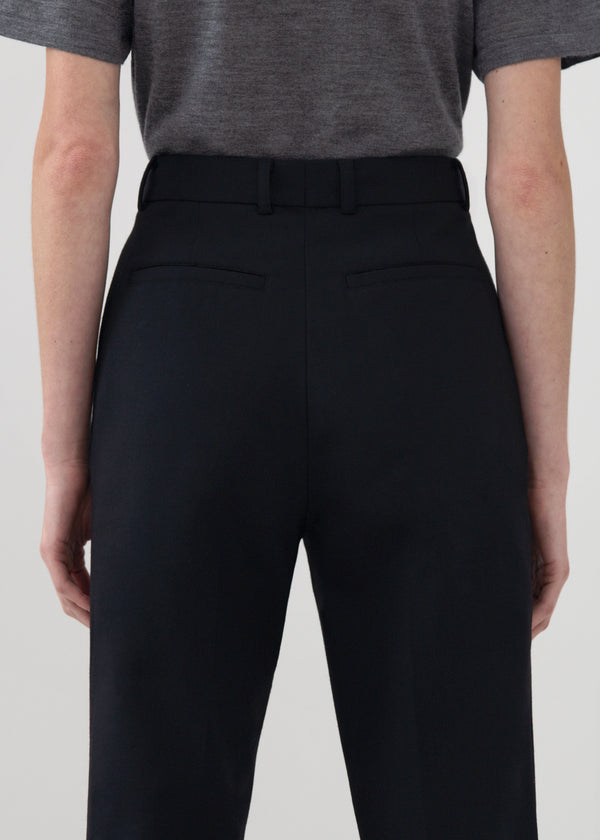 Tailored Trouser in Wool Suiting - Black - CO
