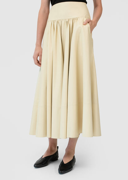 Gathered Waist Midi Skirt In Leather - Cream - CO