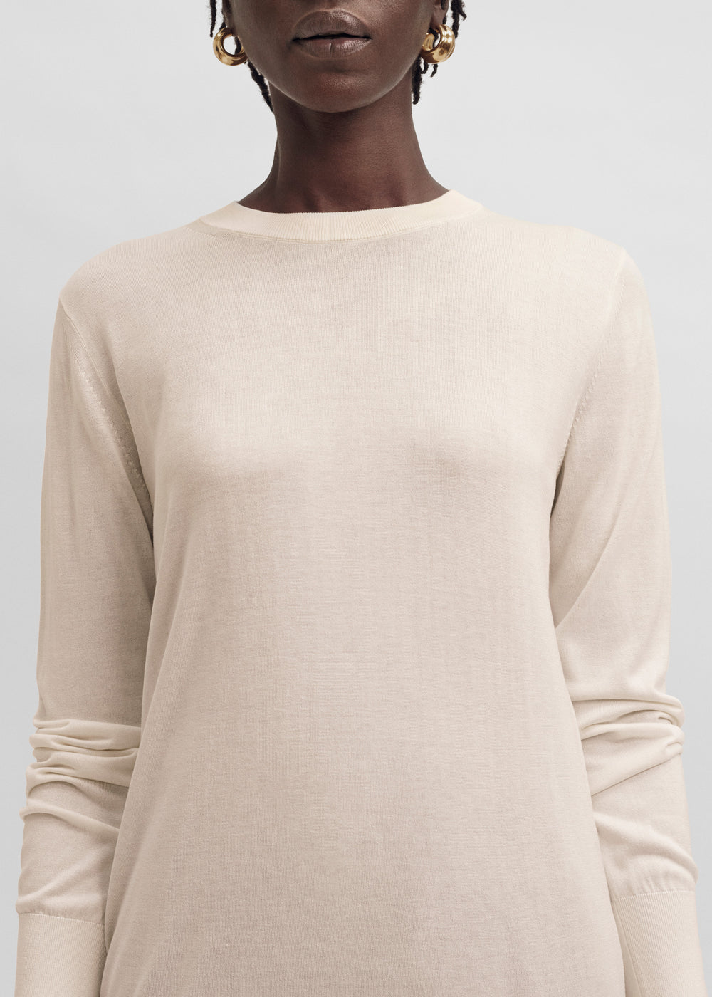 Slim Round Neck Knit In Silk Knit - Black in Taupe by Co Collections