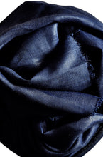 Load image into Gallery viewer, Scarf Chunky Linen Navy