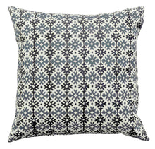 Load image into Gallery viewer, Cushion Cover Organic Cotton - Amulet