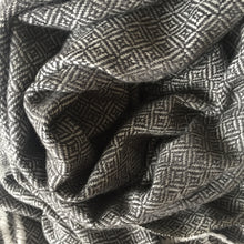 Load image into Gallery viewer, Scarf Diamond Wool Charcoal