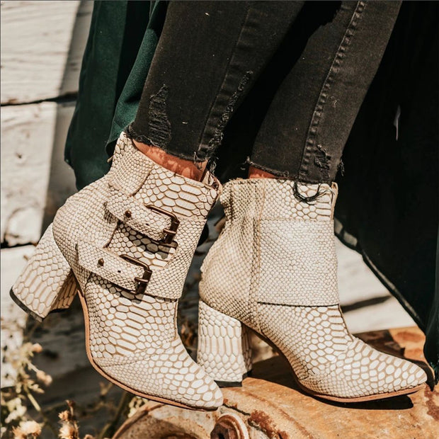 Women's Vintage Pointed Wax Booties