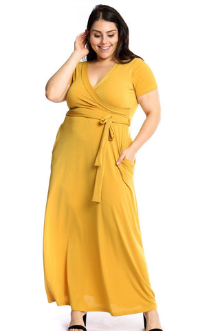 Curvy Pocket Maxi Dress