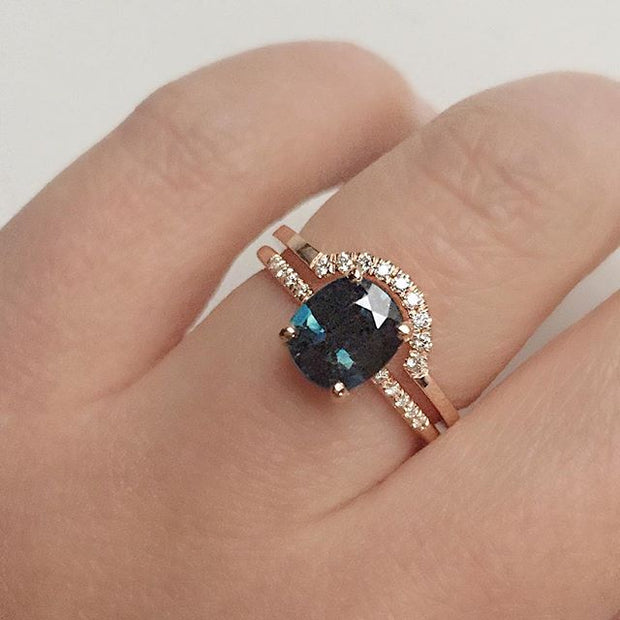 Hyeres Teal Sapphire Ring