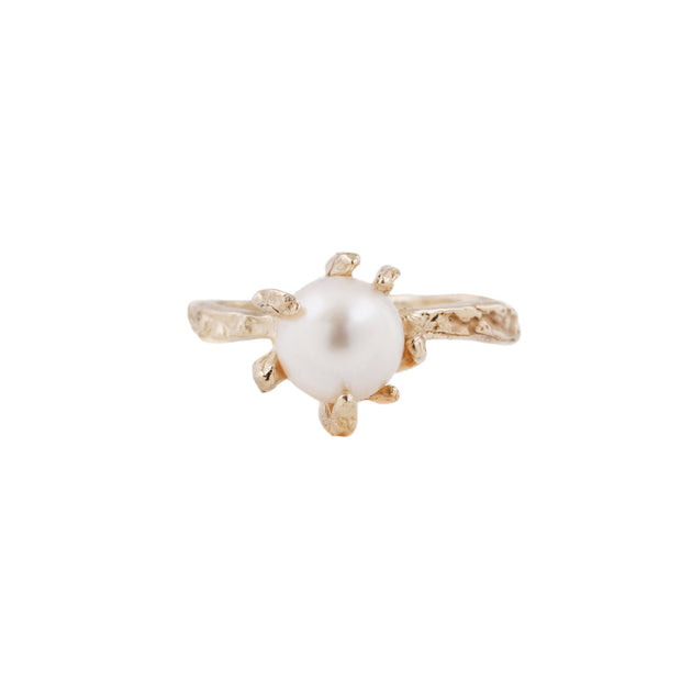 Stingray Claw Ring with White Cultured Pearl