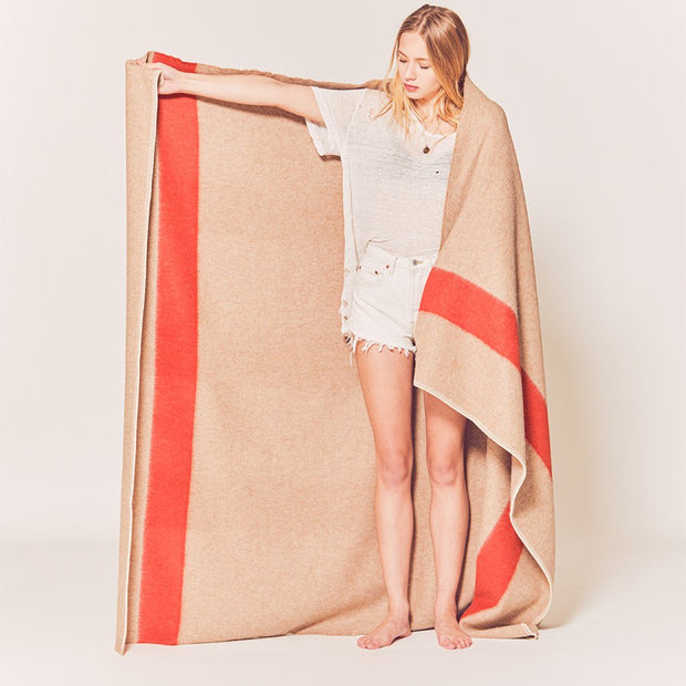 Siempre Recycled Throw: Camel/Red