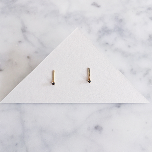 Hammered Line Studs - Black Diamonds