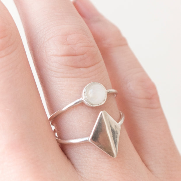 Dia Ring - Silver + Moonstone