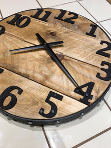 Wood Wall Clock , Round 20 inches, Barn Wood , Industrial Style