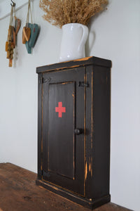 "Antique Reproduction Washroom Cupboard ,  18"" x 28"" ,  Distressed Finish ,  Wood Medicine Cabinet"