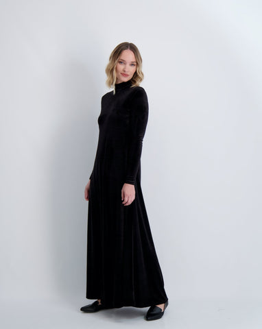 Ladies Velvet Halo Mockneck Maxi Dress