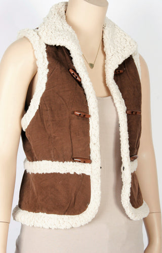 e73f5a637df4 Forever 21 Faux Shearling/Corduroy Vest-Size Small
