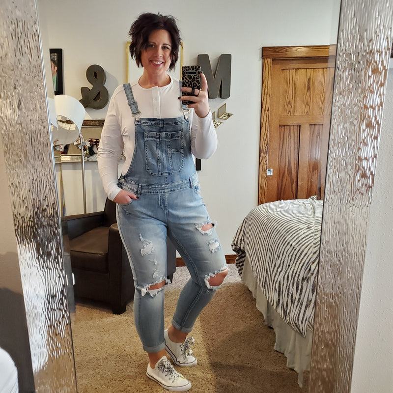 CUT OUT KNEES WASHED DENIM OVERALLS