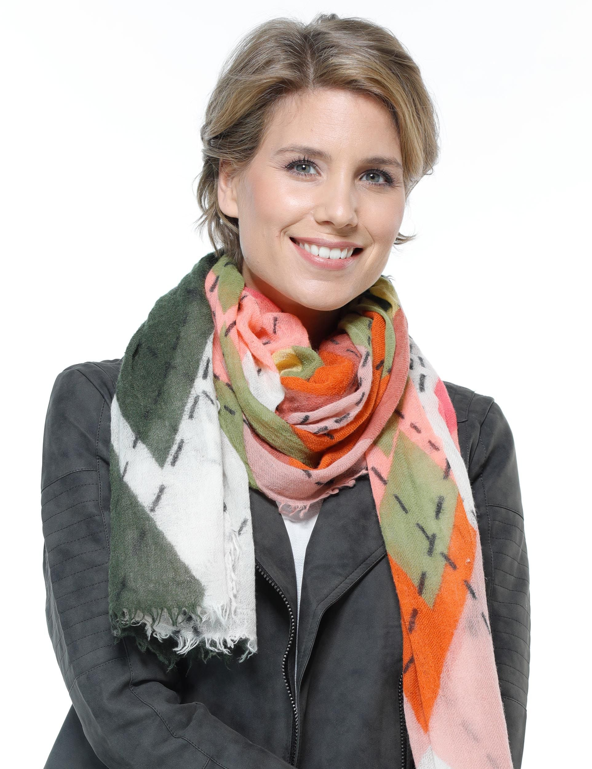 Illustrated Argyle Lightweight Wool Print Scarf Wrap
