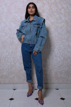Load image into Gallery viewer, Shoulder Padded Denim Jacket